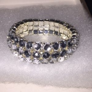 d6d31ec7d826f Fake diamond bracelet!
